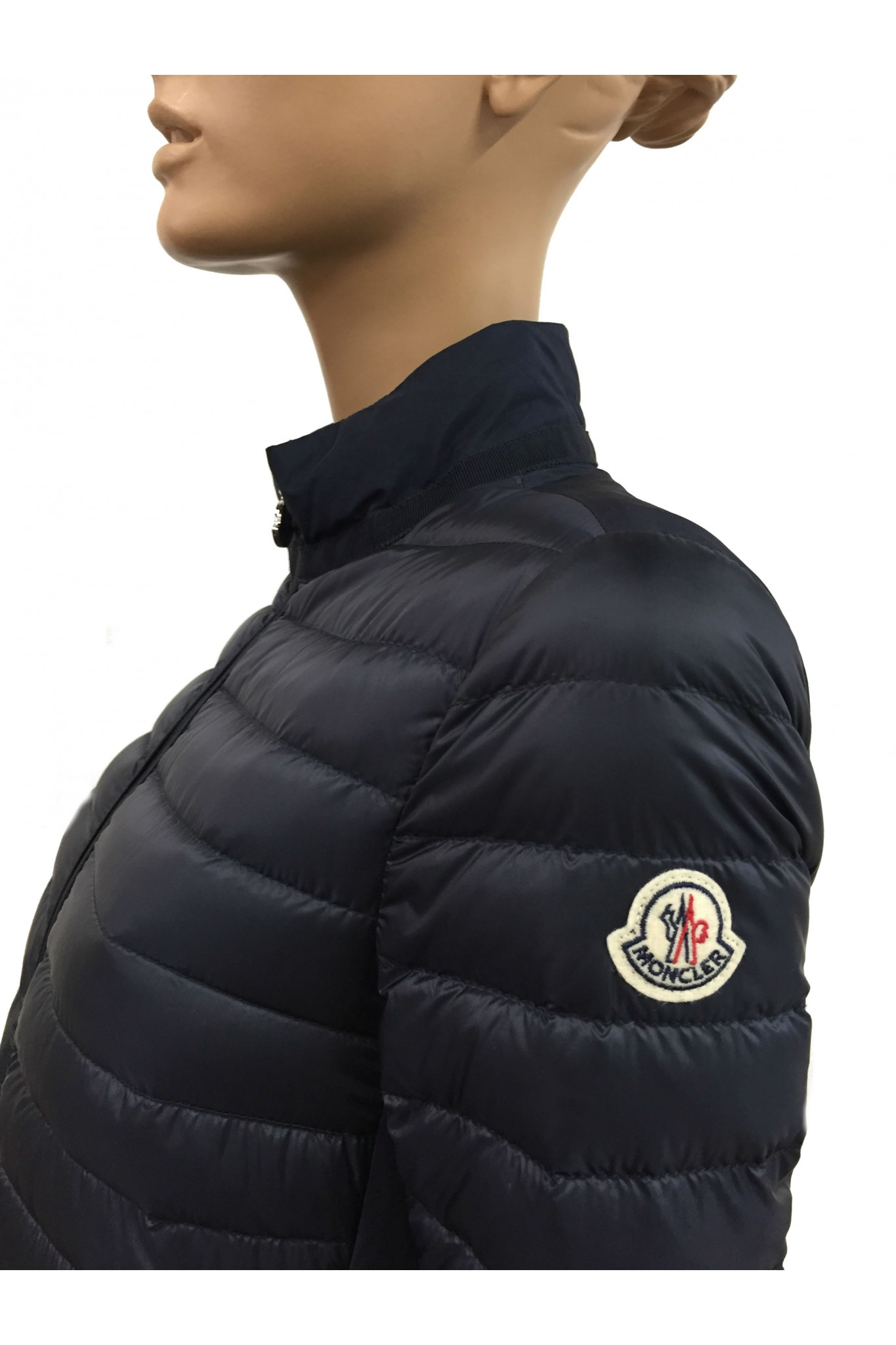 stabilimento moncler