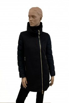 Piumino a cappotto  Moncler Aglaia nero