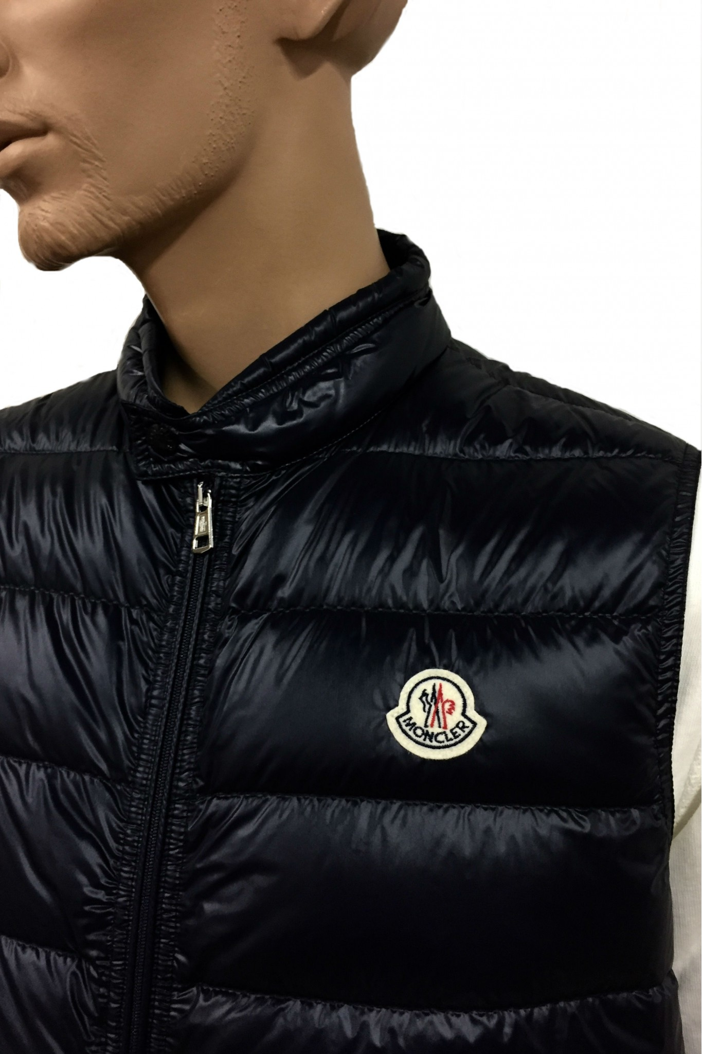 Moncler Gui Blue Gilet. Previous. Next