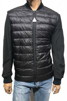 Black Moncler Ariege downjacket