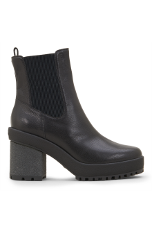 Hogan black leather anckle boots