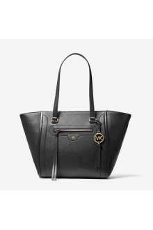 Michael Kors Carine bag in black leather